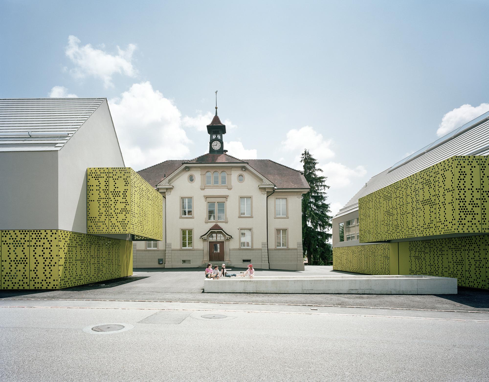Architettura Case Moderne Idee.Community Centre Seltisberg